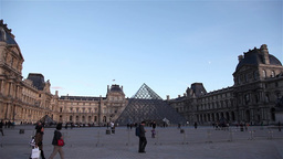 Panoramic Louvre Museum On A Sunny DayPanoramic Louvre Museum On A Sunny Day stock footage
