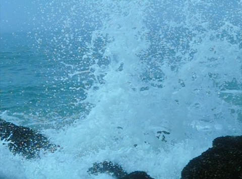 Ocean Waves 10 Waves crashing on rocks Footage