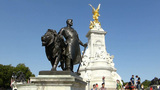 The Victoria Memorial, Buckingham Palace, London.  stock footage